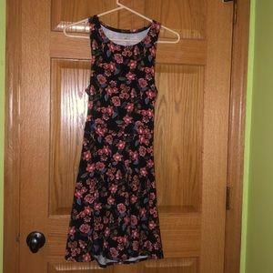 hollister flower dress with open back